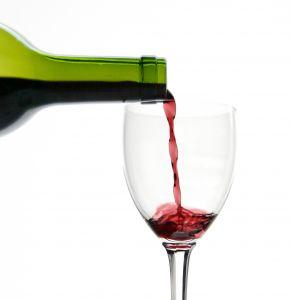 vino-botella-y-copa