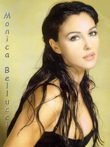 monica-bellucci-20050601-43942