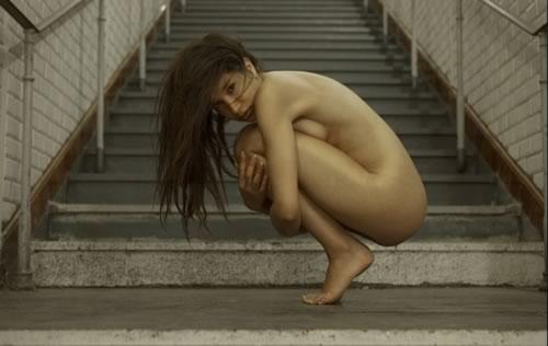 Paris Hiton con otra chica desnuda