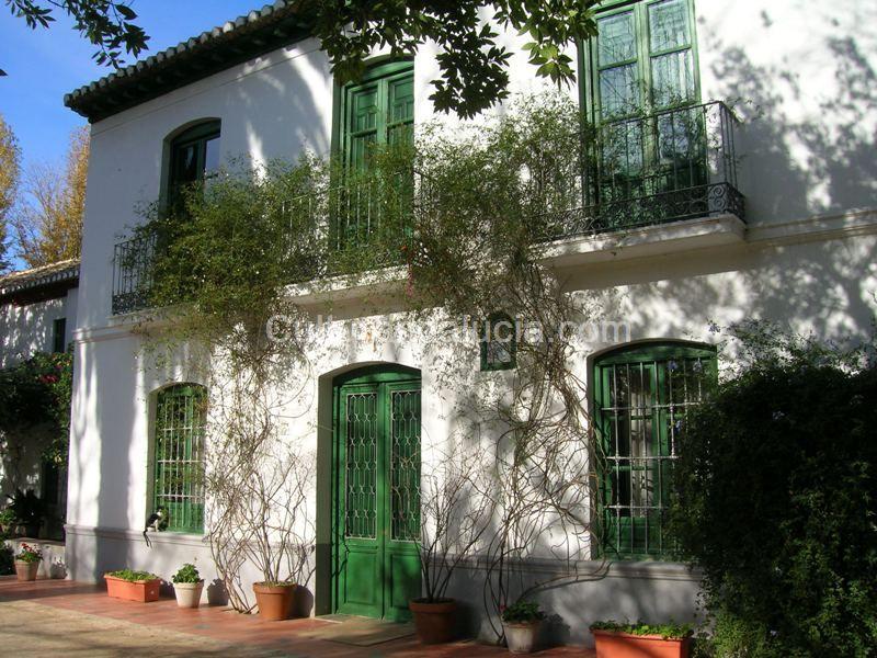 A las cinco de la tarde josa y sus cuentos for Huerta de san vicente muebles