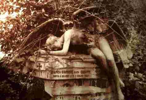 angeles de cementerio